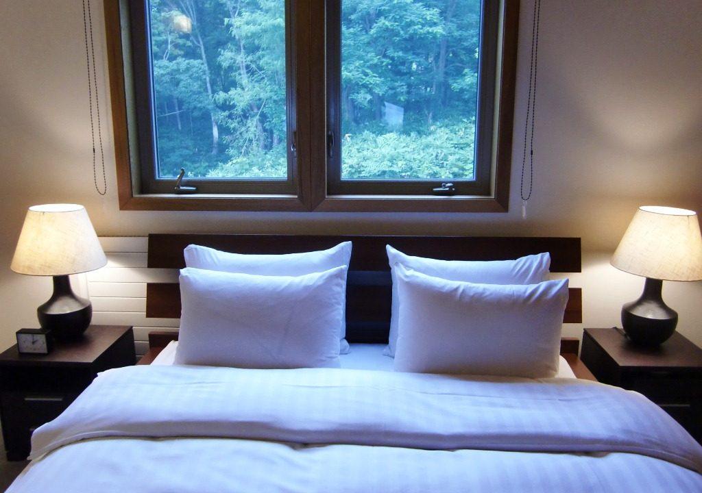 Creekside Bedroom Niseko Realty (1)