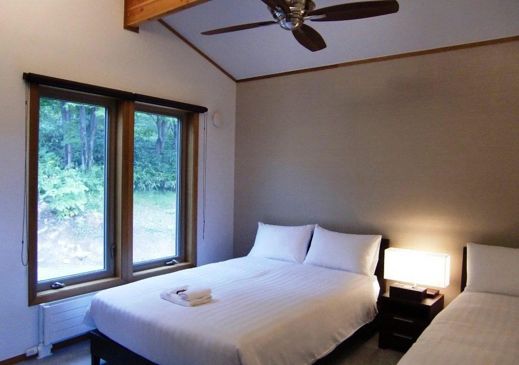 Creekside Bedroom Niseko Realty (8)